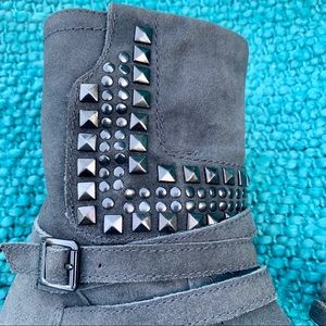 VINCE CAMUTO GRAY SUEDE STUDDED MOTO BOOTS